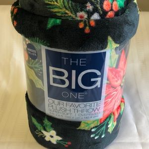 The Big One Oversized 5 ft x 6 ft Plush Throw